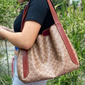 😱😍 gorgeous coach bag with wallet